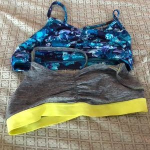 Old navy sports bra in good shape.